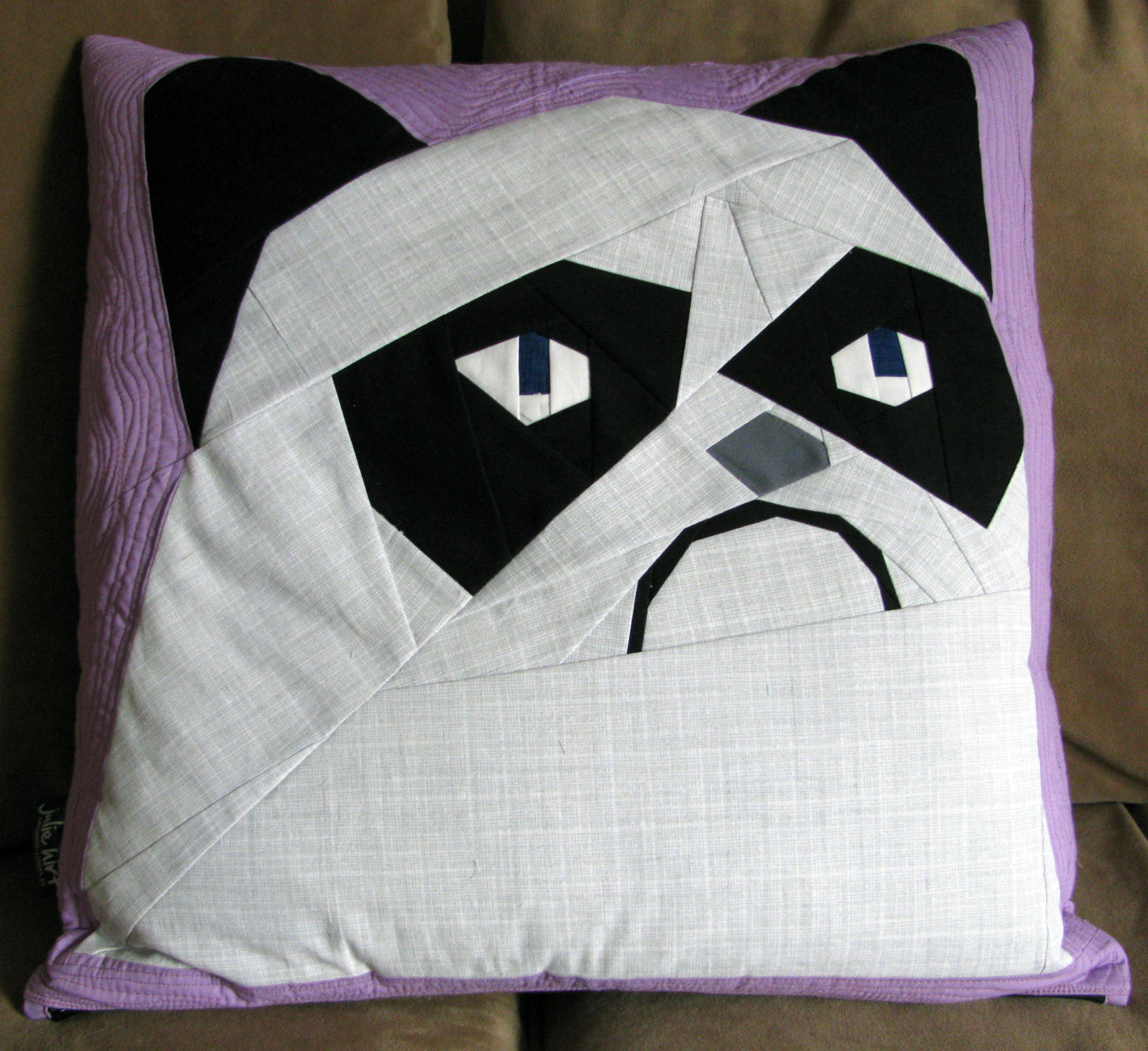 Grumpy cat pillow