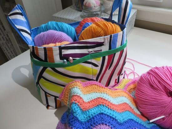 noodlehead divided basket 627handworks (6)