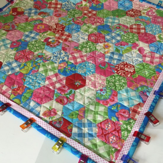 Gypsy Girl Mini Hexagon Quilt 627handworks (2)