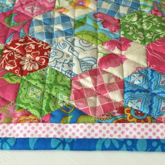 Gypsy Girl Mini Hexagon Quilt 627handworks (7)