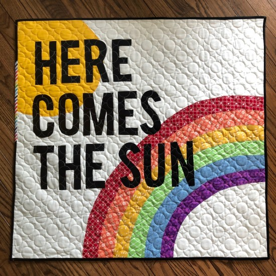 Here Comes the Sun Mini Quilt 627handworks.com